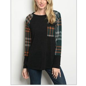 Tops - Plaid Scoop Neck Long Sleeved Shirt